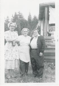 PIX_BUTTERFIELD_LALLA HAZEL BERTHA_SISTERS AT P ANGELES