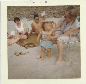 PIX_Geier_Karen Lalla Mom Dad at Hood Canal_July 1960