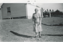 PIX_BUTTERFIELD_ORAH CROQUET IN SIDE YARD_TACOMA_1956_DAD SAID YOUD HAVE TO KNOW MY GRANDMOTHER TO REALLY APPRECIATE HER_
