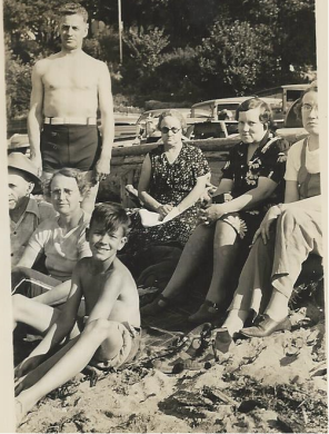 PIX_BUTTERFIELD_FAMILY PICNIC