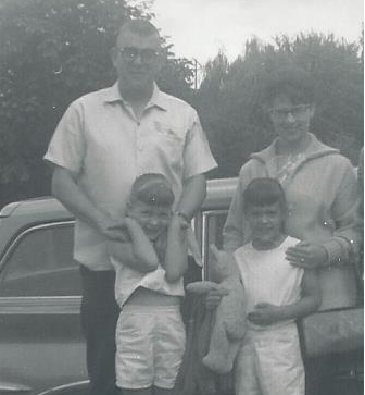 May 2015_dad and daughters_south bell st_mid 60s