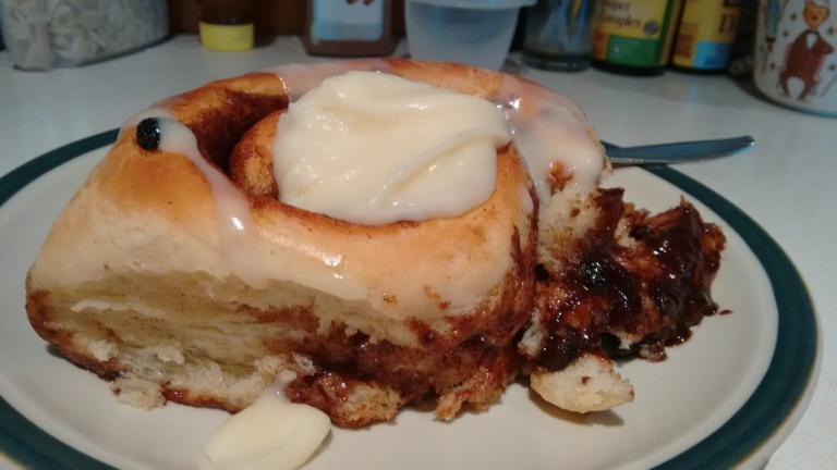 baking_giant cinnamon rolls_oct 2017 (50)